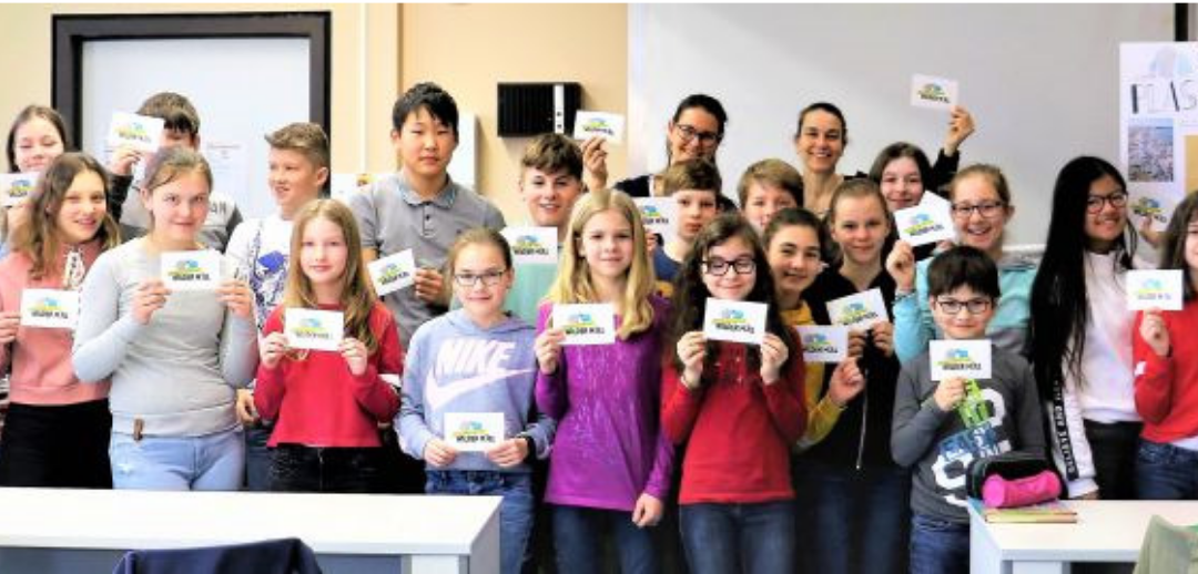 Thomaeum Kempen Klasse 6c spendet für Projekt Wilder Müll